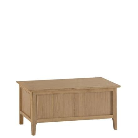 Newhaven Oak Blanket Box