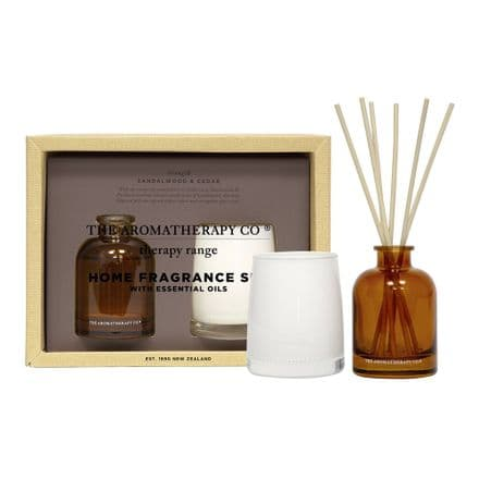 The Aromatherapy Company - 100g Candle & 50ml Reed Diffuser - Sandalwood & Cedar