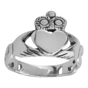 Celtic Claddagh Silver Ring 0345