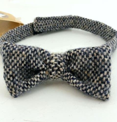 Hanna Hats Donegal Tweed Bowtie - Blue and White
