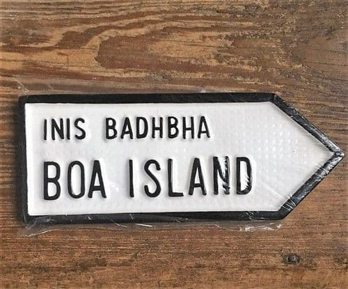 Irish Road Signs - Boa Island