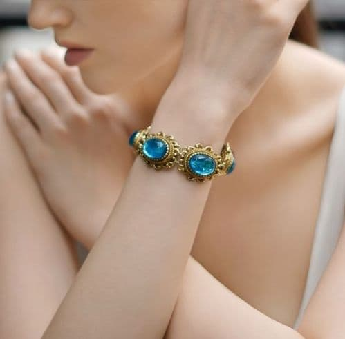 Newbridge silverware Vintage Gold Plated Bracelet Blue Stones