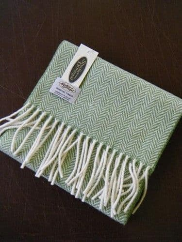 Studio Donegal Tweed Scarf Green